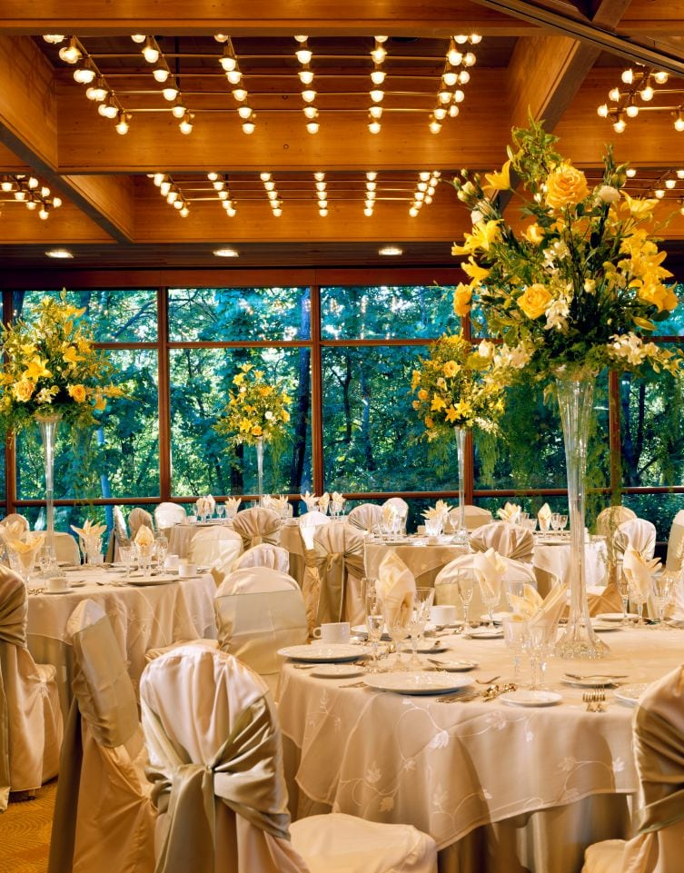 Hyatt Lodge at McDonald's Campus, wedding set-up