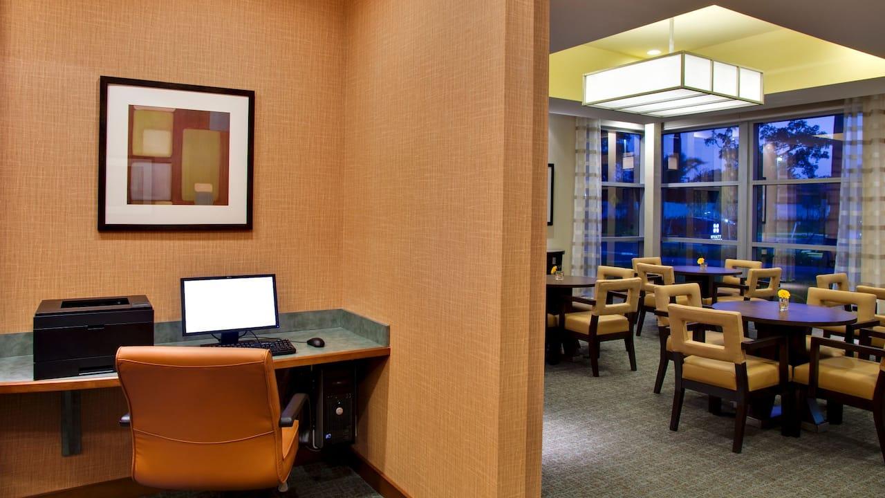 Hyatt House Fort Lauderdale business center
