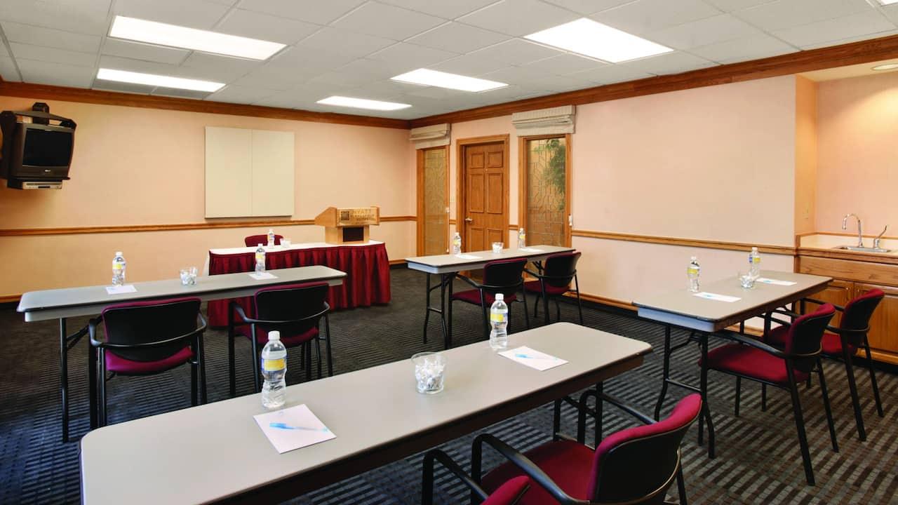 Hyatt House Mt. Laurel meeting classroom