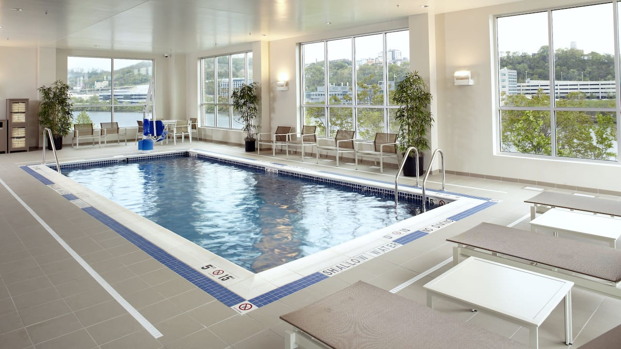 Hyatt House swimming pool