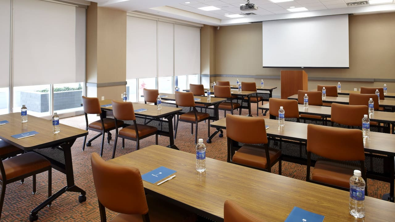 HYATT HOUSE RALEIGH NORTH HILLS | Meeting Room Classroom Setup