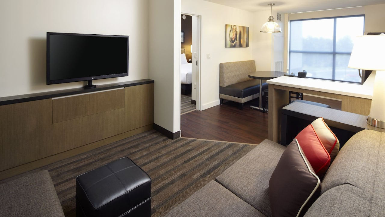 HYATT HOUSE RALEIGH NORTH HILLS | One Bedroom King Suite