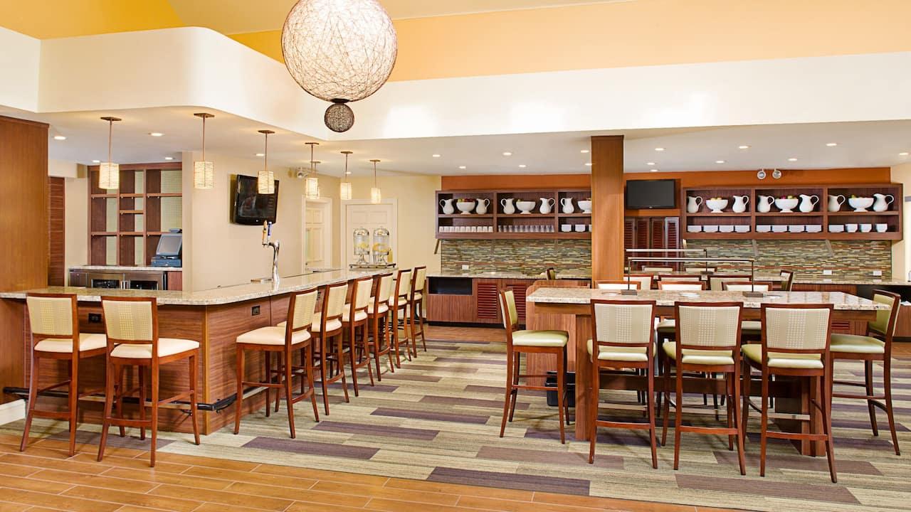 Hyatt House Los Angeles / El Segundo h bar