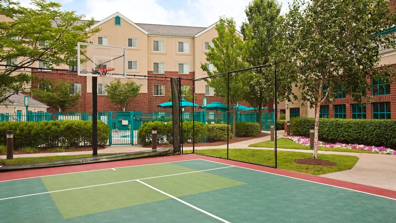 Hyatt House White Plains Sports Court