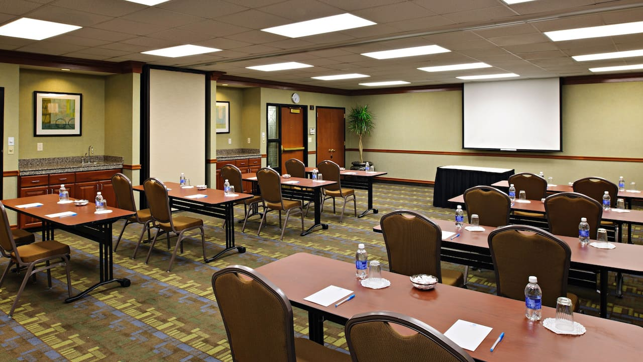 Hyatt House White Plains classroom meeting room