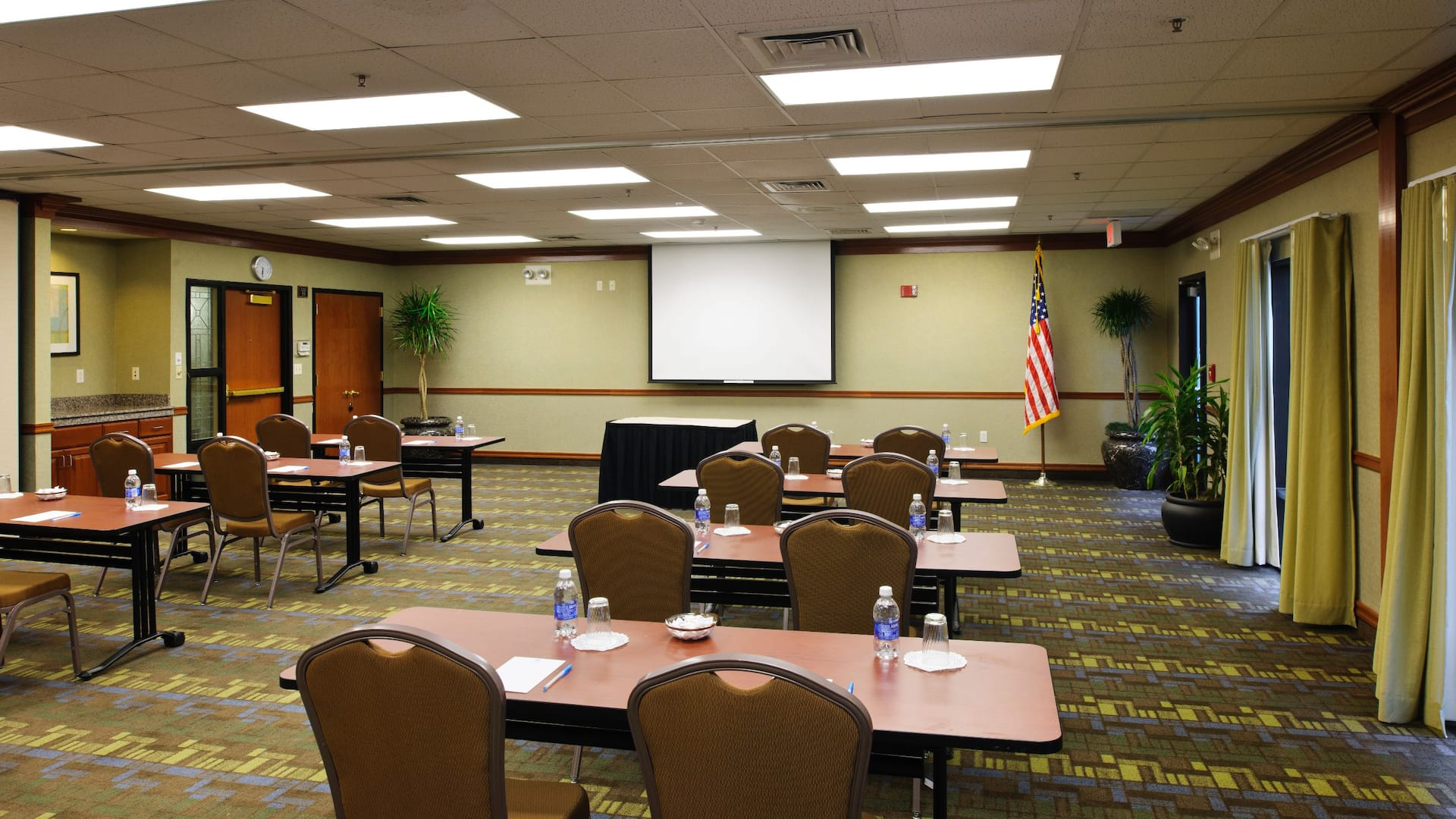 Hyatt House Meeting room