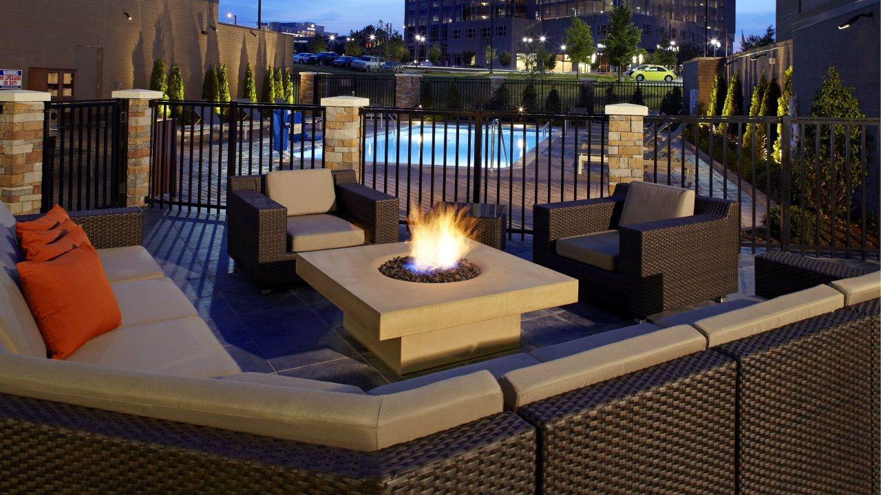 HYATT HOUSE RALEIGH NORTH HILLS Firepit