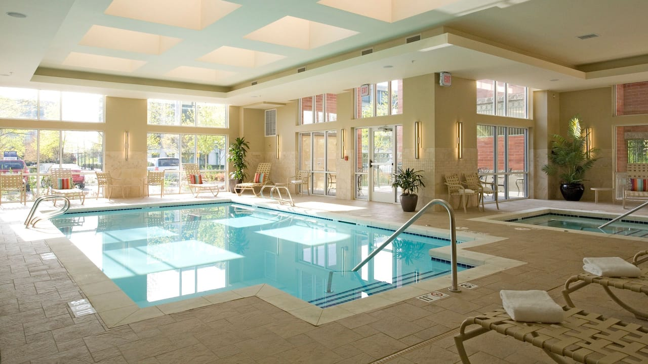 Hyatt House Hotel Seattle/Bellevue Indoor Pool