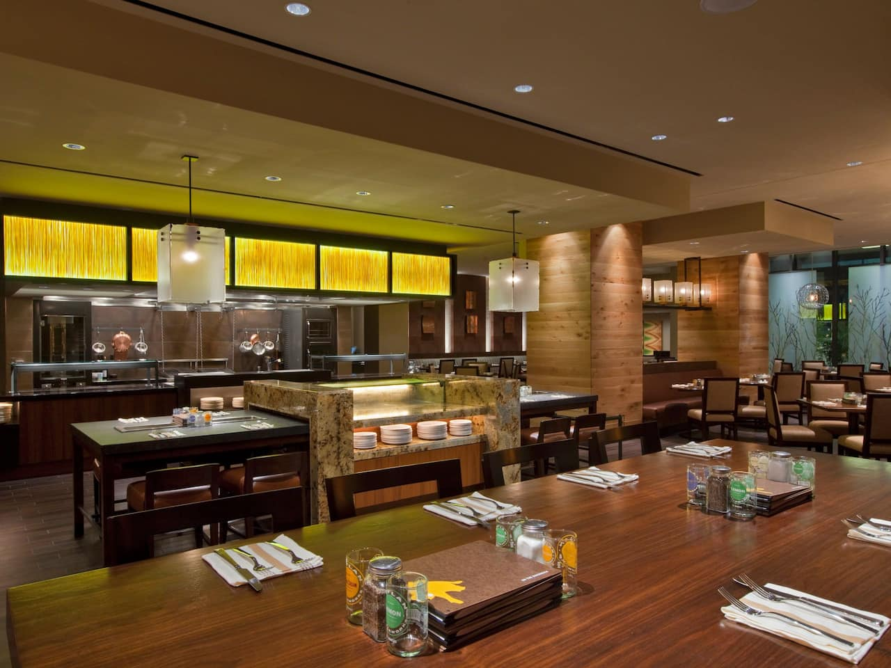 Q Kitchen Dining Hyatt Regency San Antonio near The Alamo