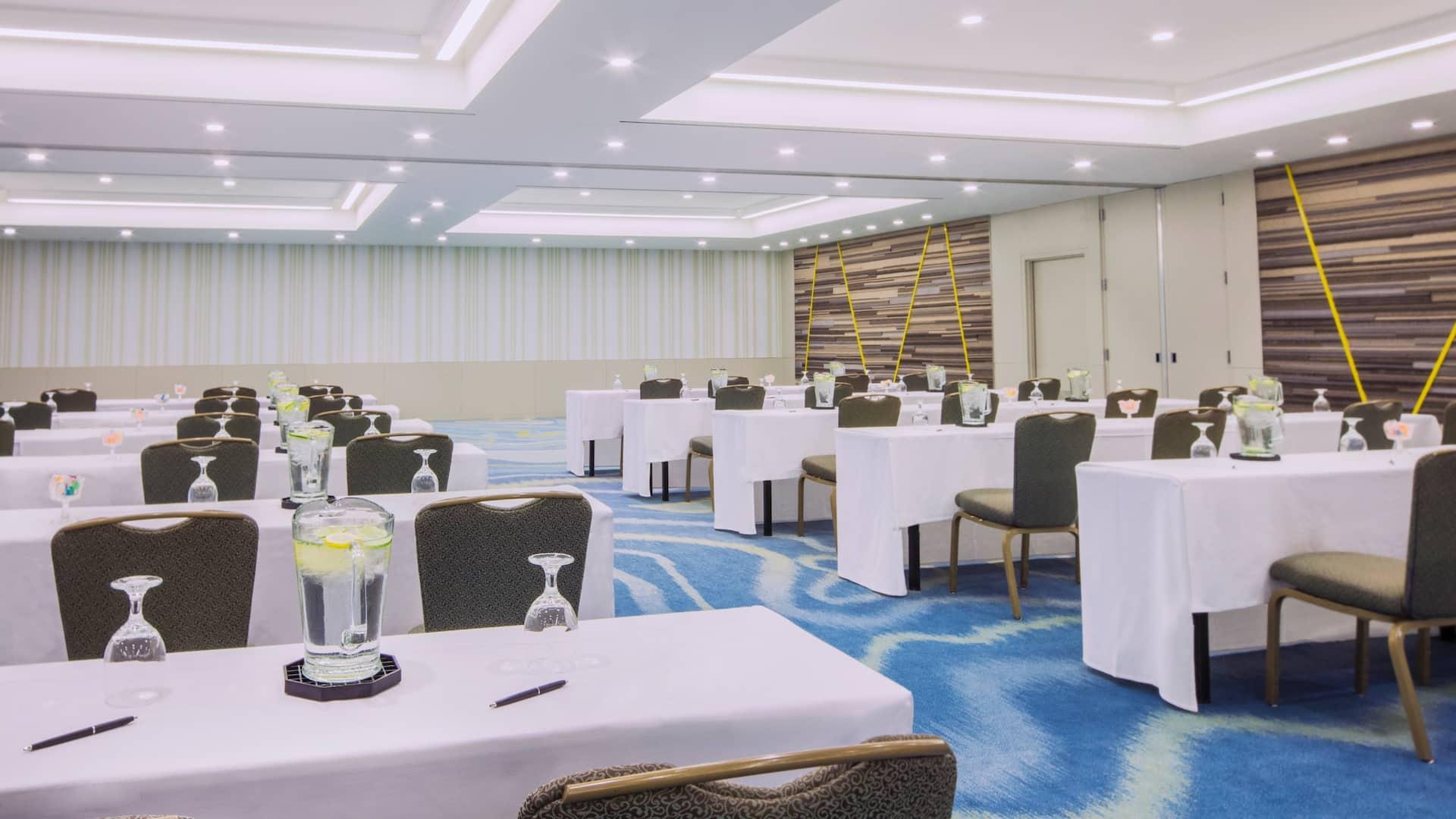 Seaview ballroom classroom