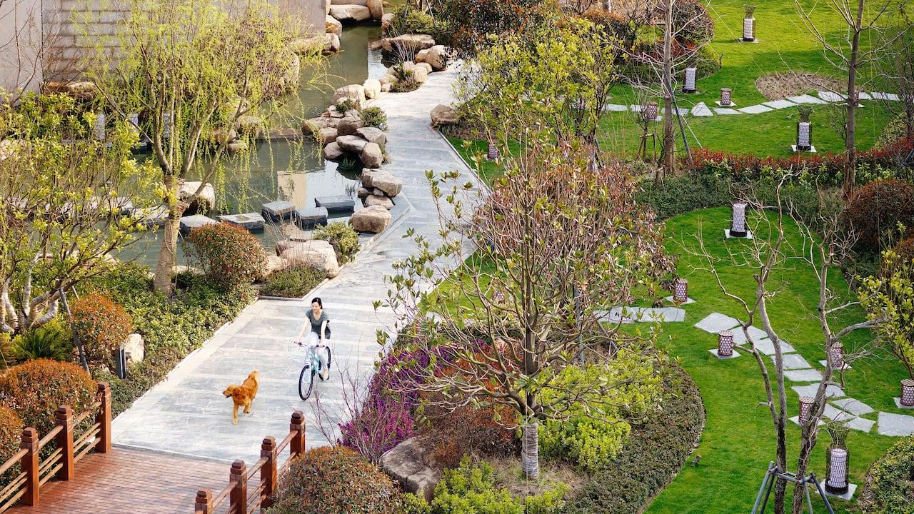 Hotel Garden Path