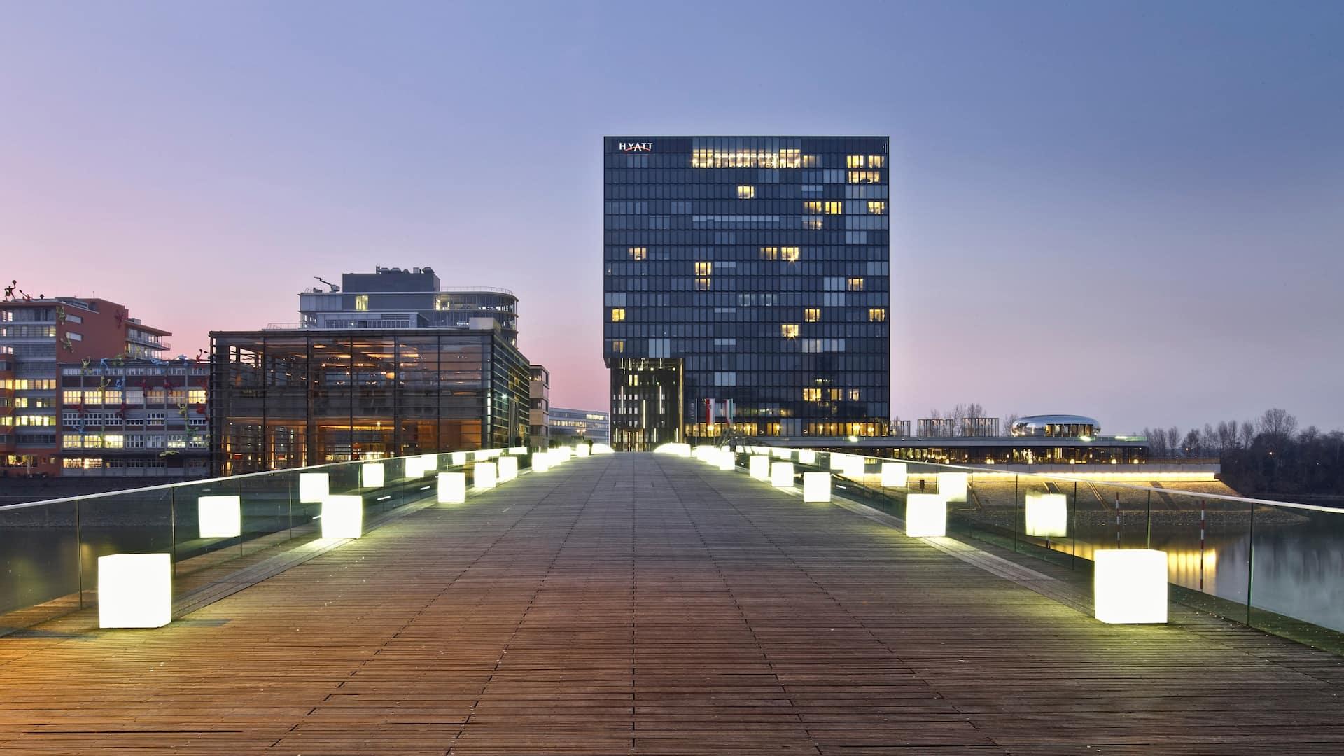 Hotel Dusseldorf Hafen L Hotel Dusseldorf Zentrum L Medienhafen