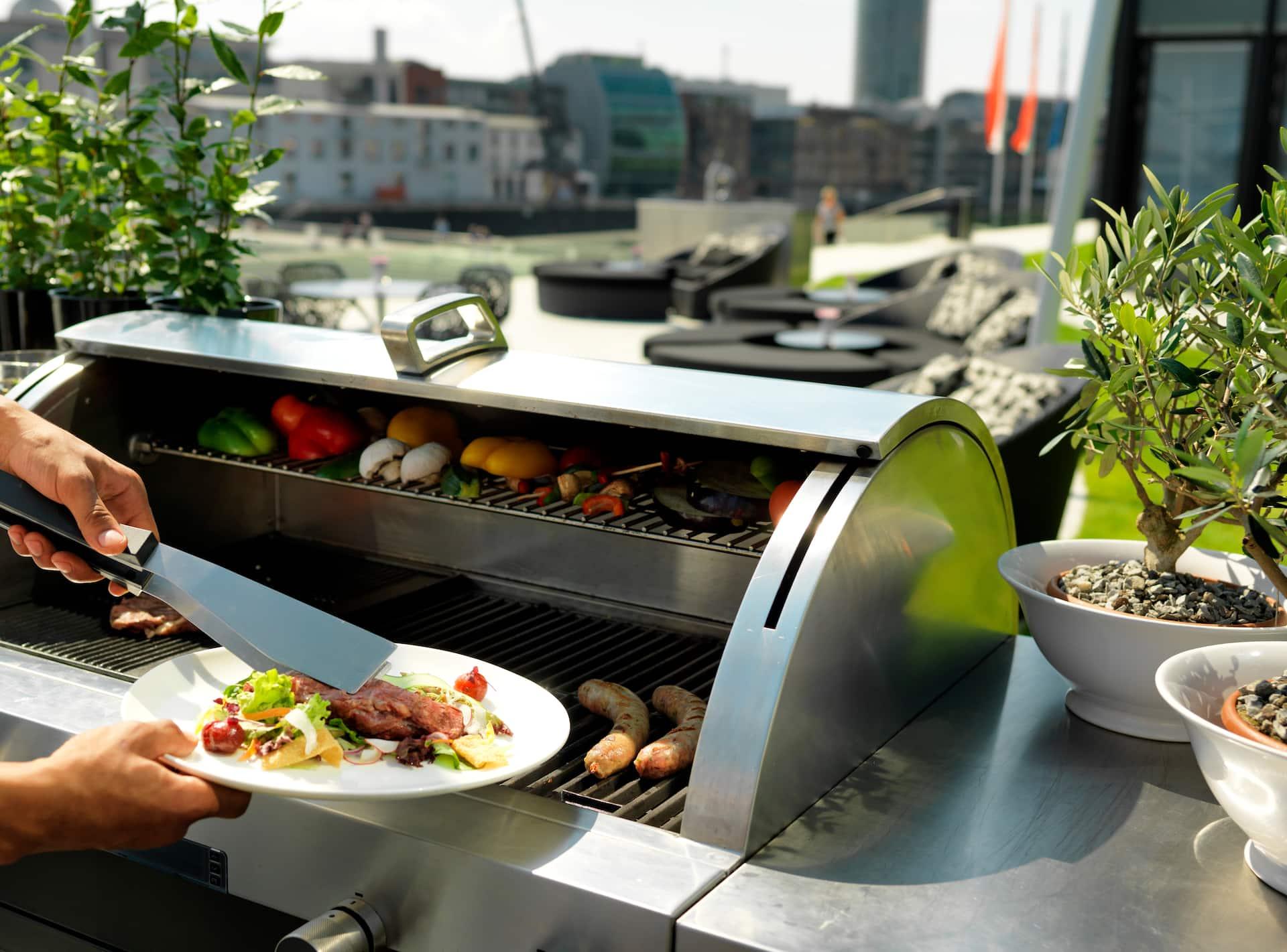 Live BBQ & cooking stations at Hyatt Regency Dusseldorf