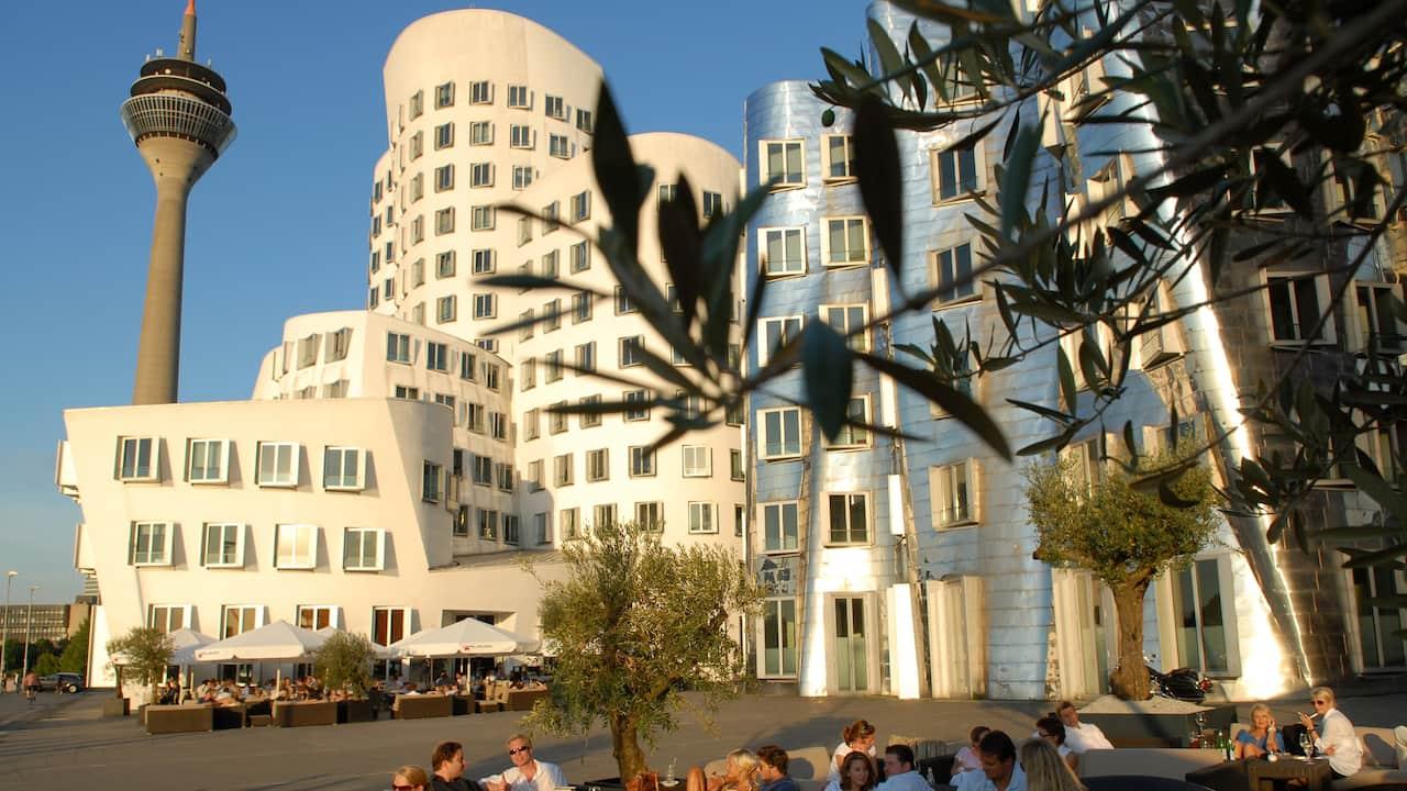 Gehry Bauten Hyatt Regency Düsseldorf
