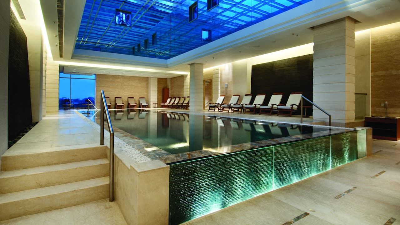 Indoor temperature controlled pool, swimming lessons