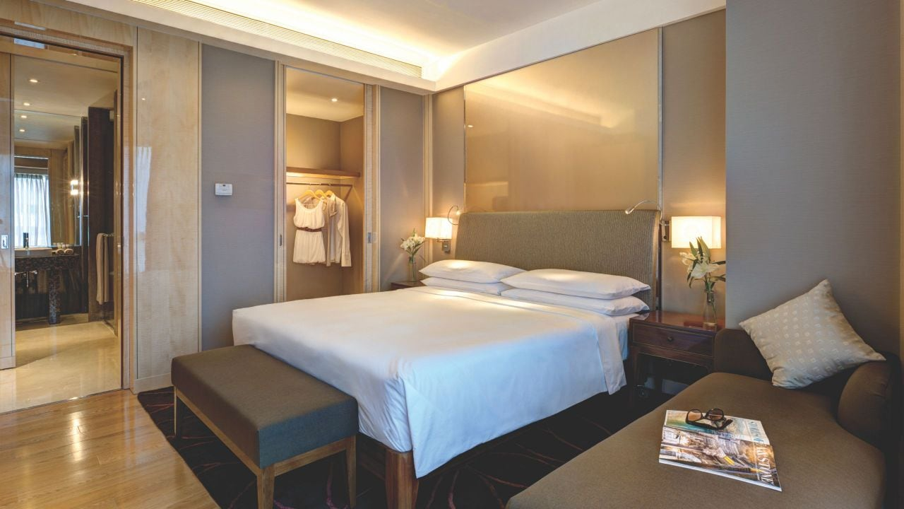 Rooms: 5 Star Hotels In Pune, Luxury Business Hotel Near Airport