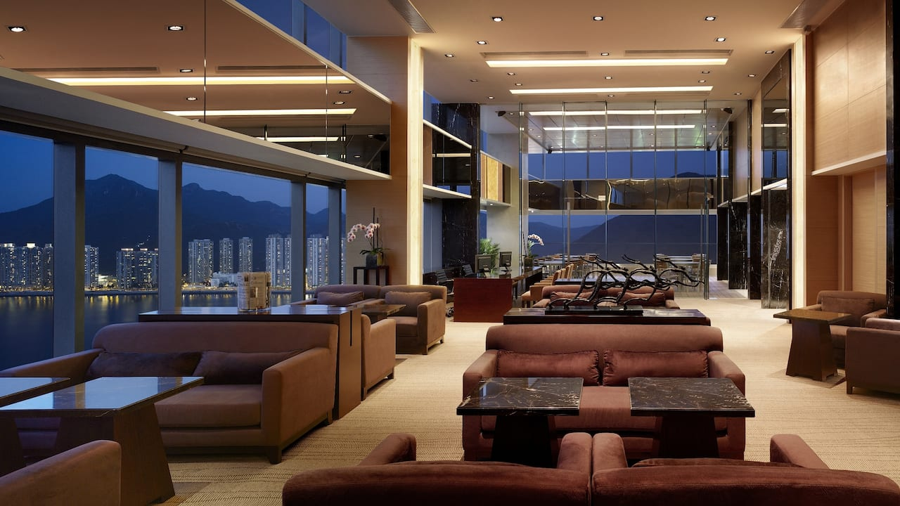 Regency Club Lounge