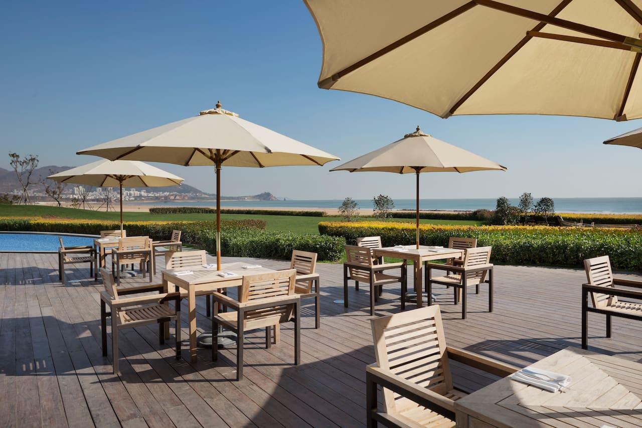 Market Cafe Terrace Ocean View