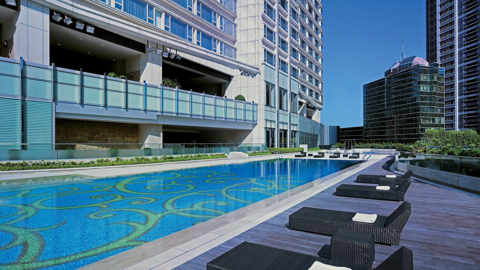 Hyatt Regency Tsim Sha Tsui Outdoor Heated Swimming Pool