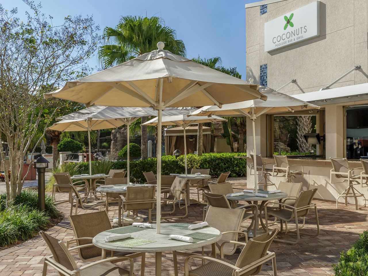 Poolside Bar and Grill at Hyatt Regency Orlando