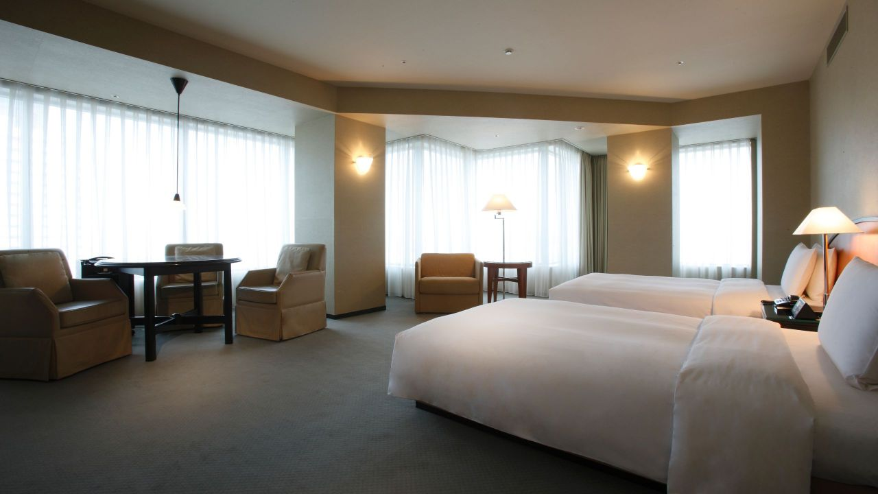 Deluxe Twin Room with club access