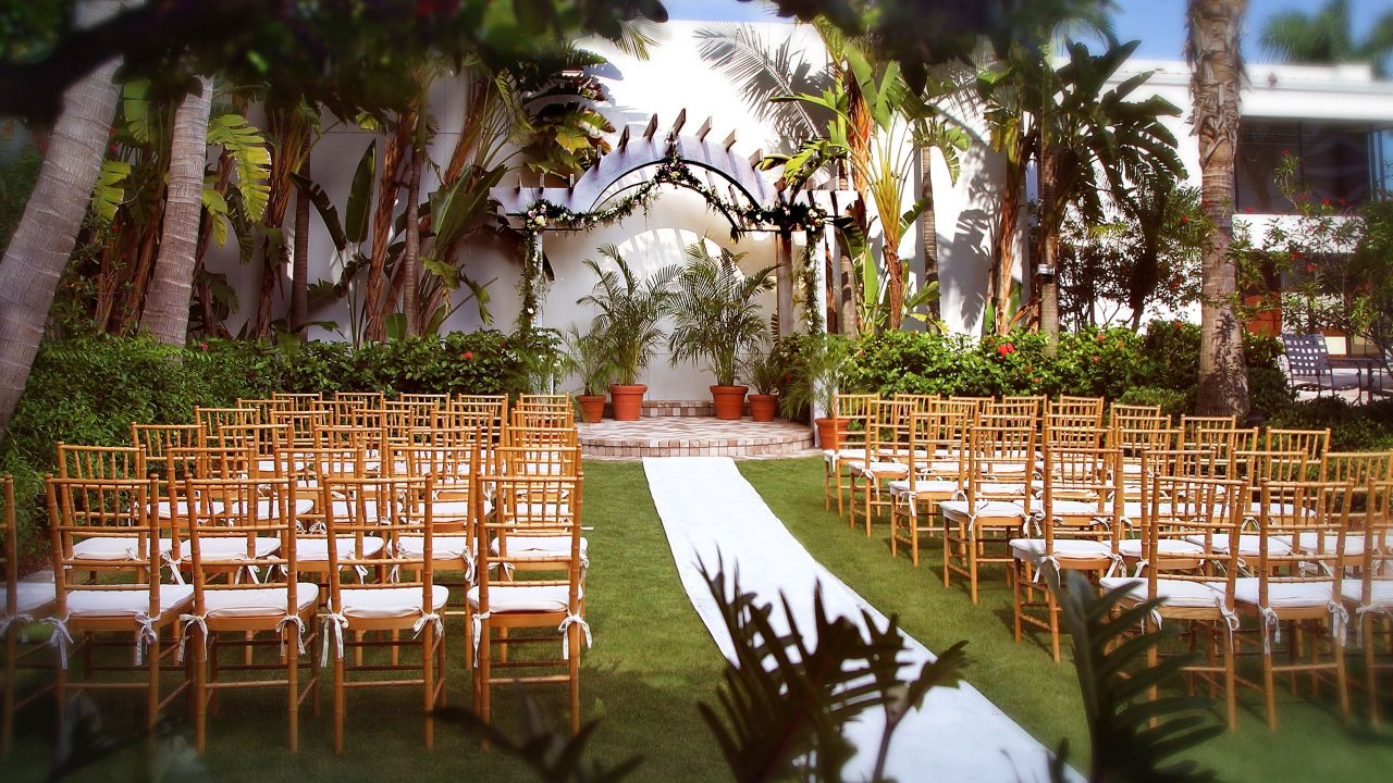 Hyatt Regency Sarasota Outdoor Wedding Venue