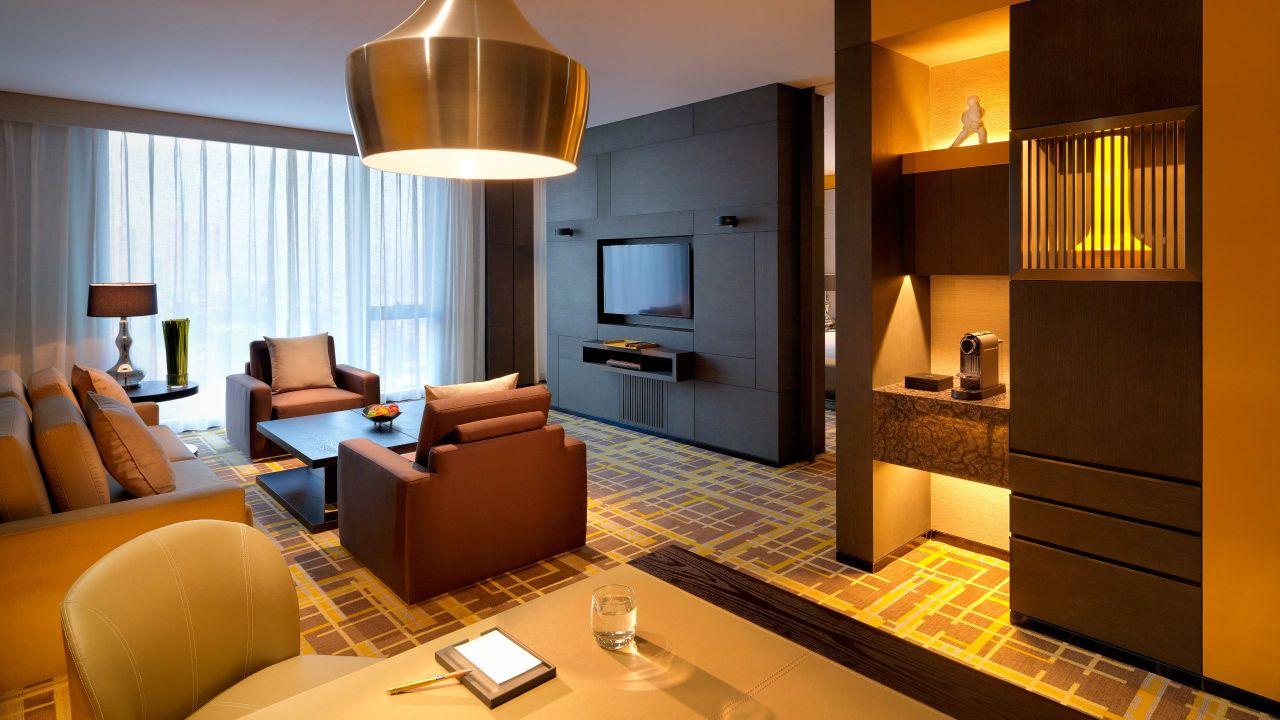 Regency Suite living room