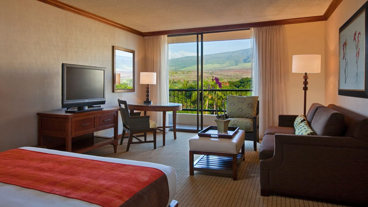 Mountain View Room with King Bed Hyatt Regency Maui Resort and Spa