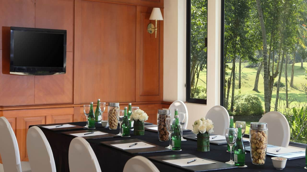 Regency Lounge Meeting Room at Hyatt Regency Yogyakarta