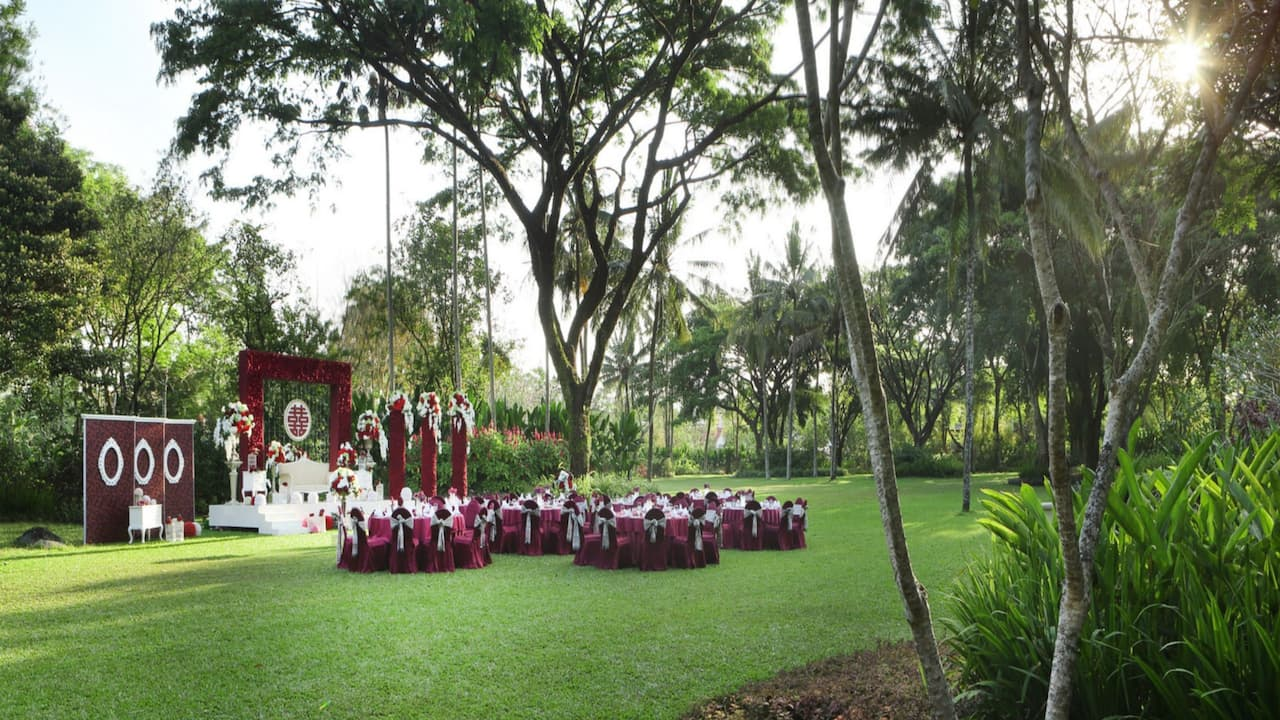 Garden Wedding Venues at the Hyatt Regency Yogyakarta