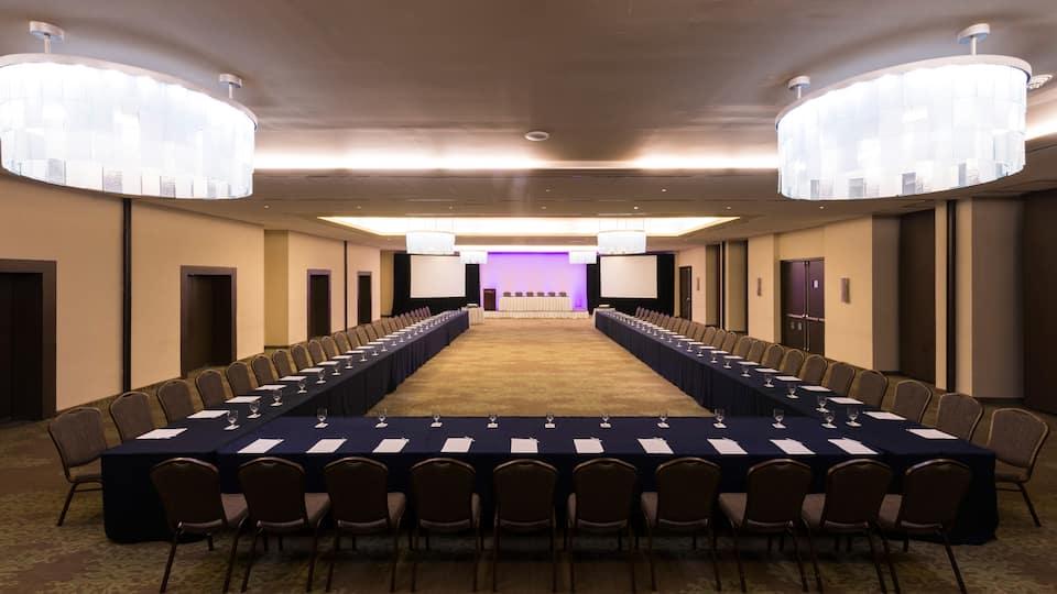 Hyatt Regency Merida Presentation