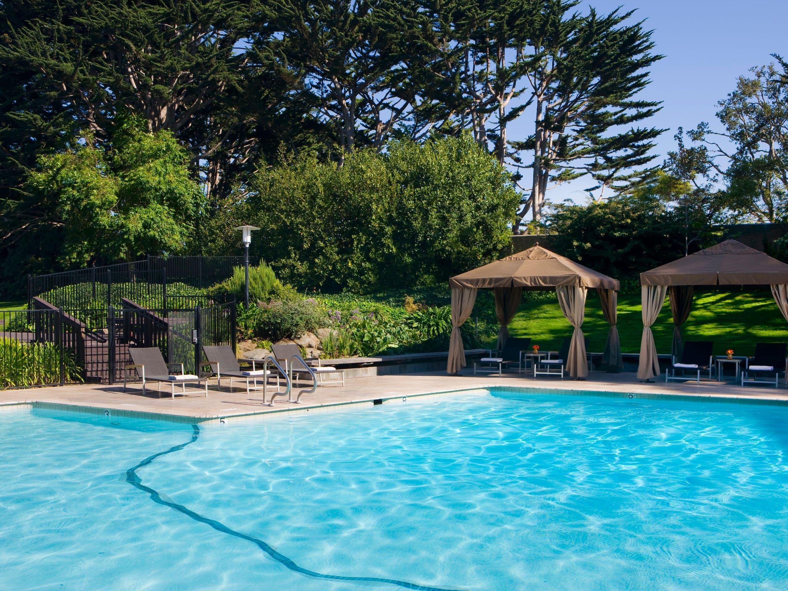 Scenic Monterey Bay Hotel