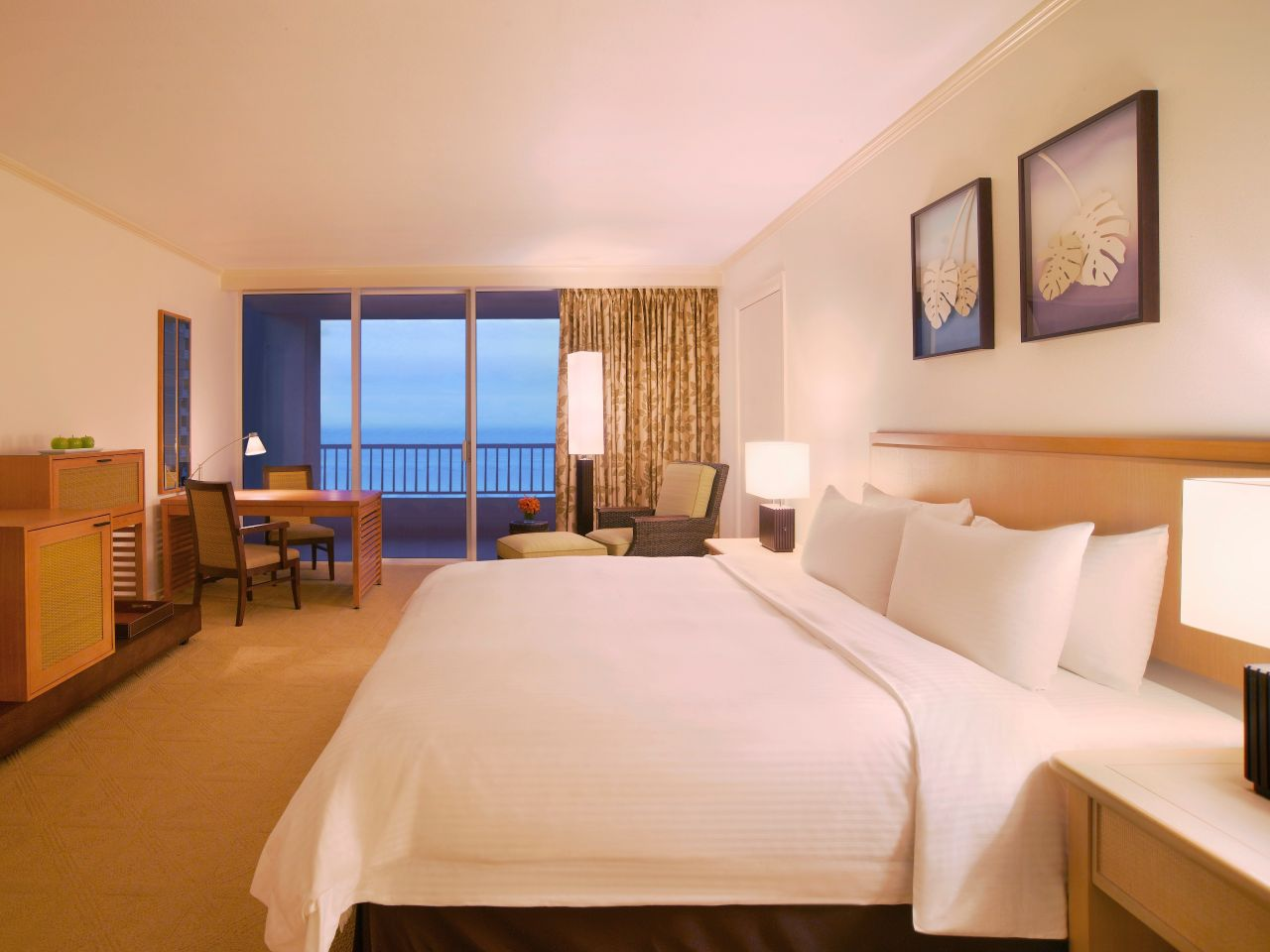 King Club Room with Ocean View