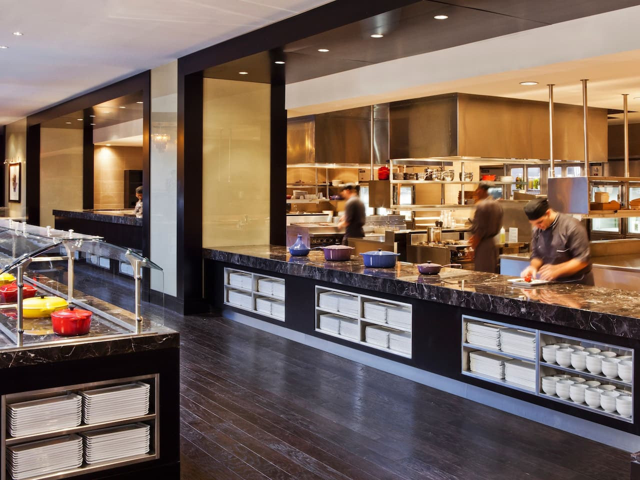 8 Block Open Kitchen at Hyatt Regency New Orleans