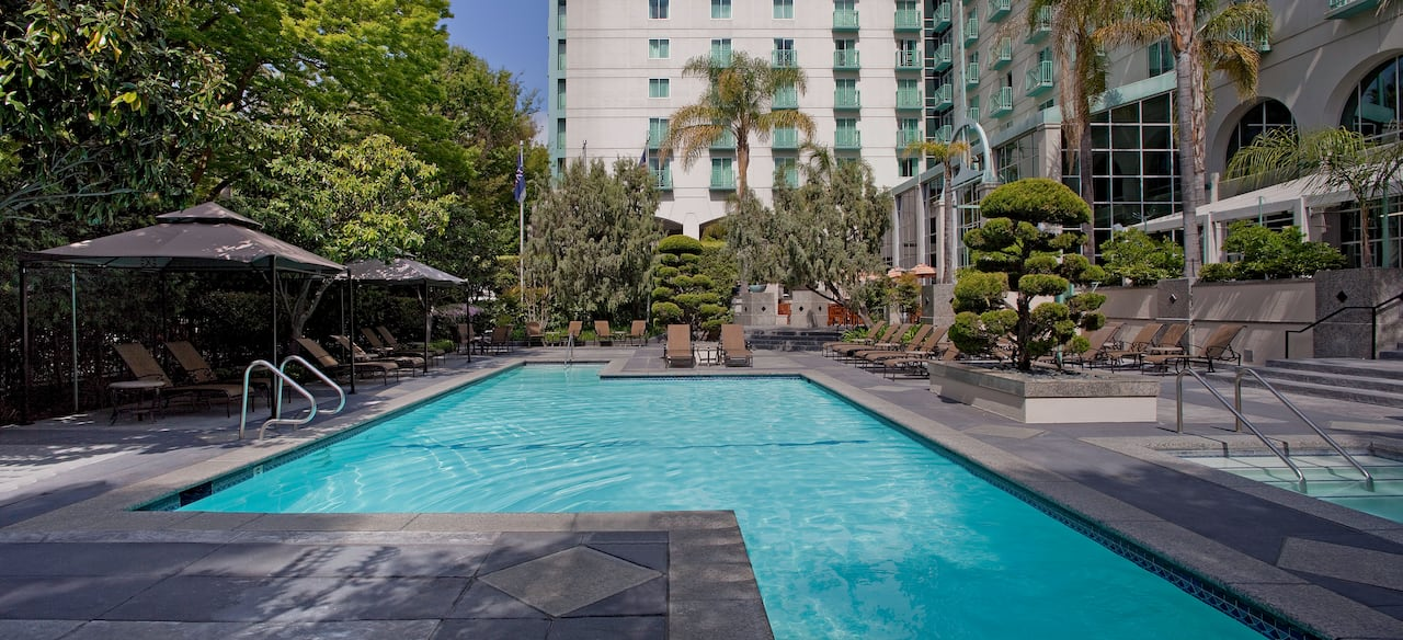 Outdoor Pool Hyatt Regency Sacramento