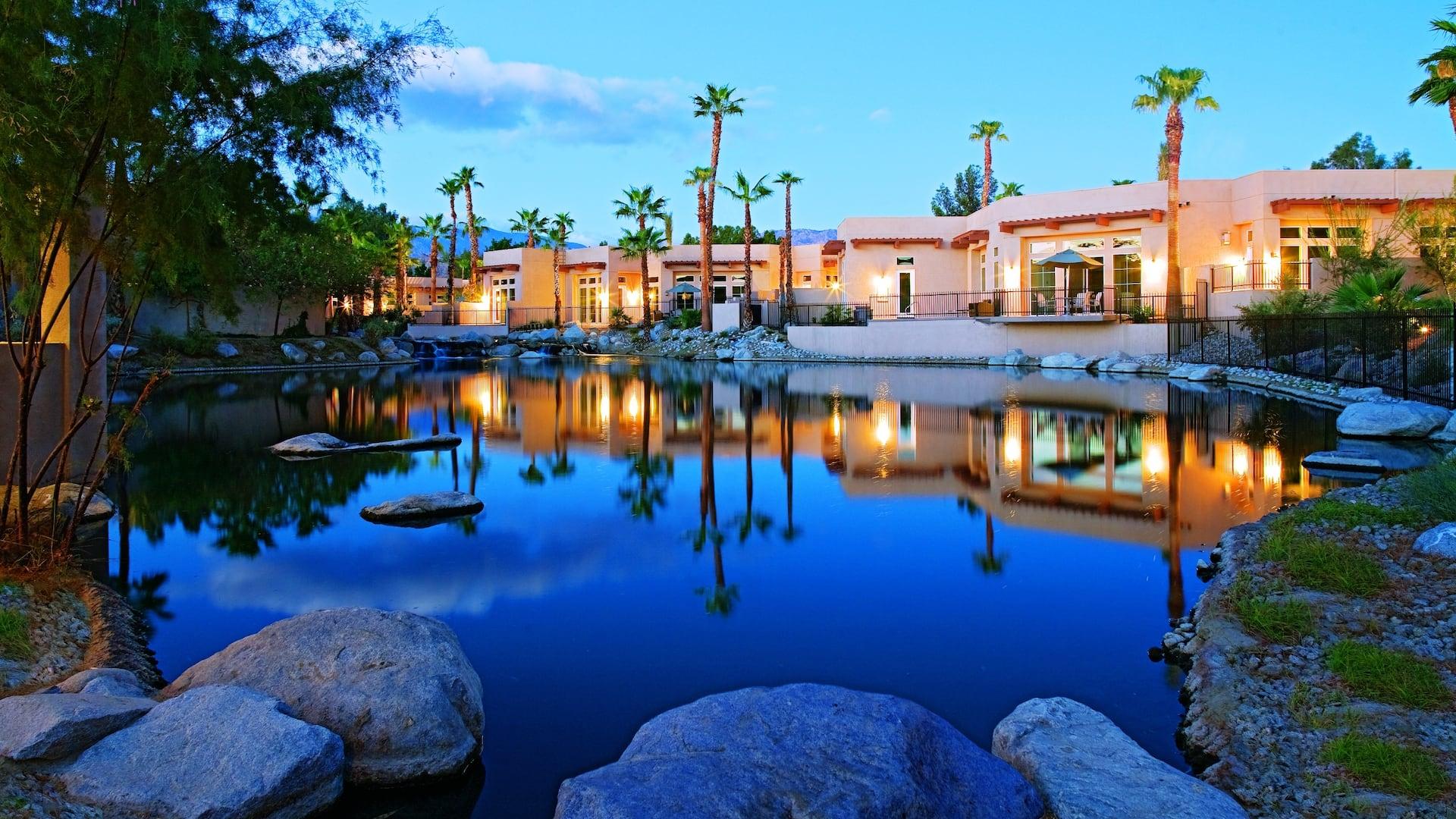 Villa Pond