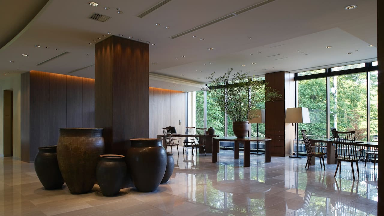 Hyatt Regency Hakone Resort & Spa | Front Reception Lobby