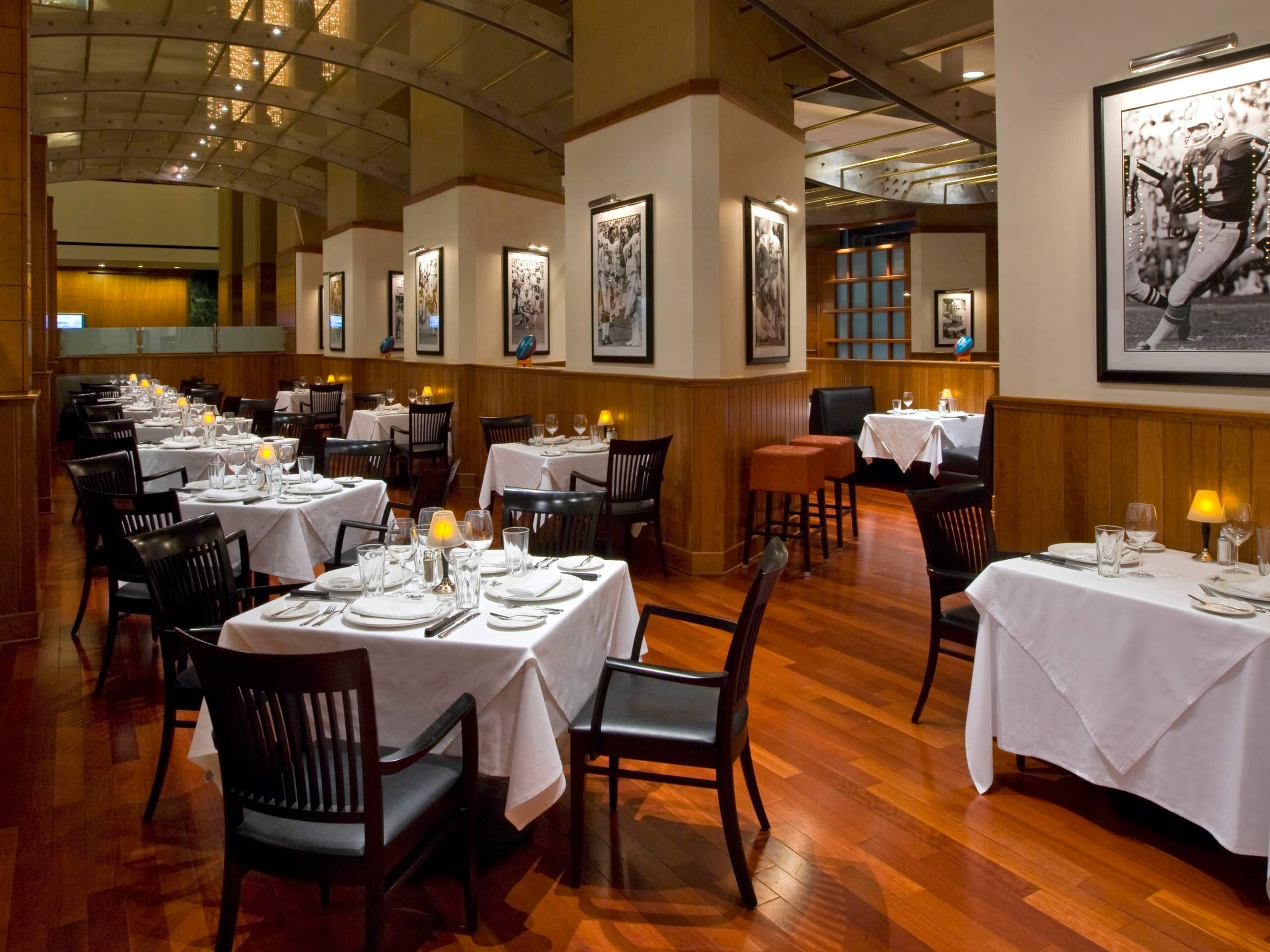 Upscale Dining Downtown Houston Views Hyatt Regency Houston