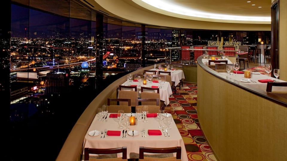 Hyatt Regency Houston Dinner Table Spindletop Restaurant