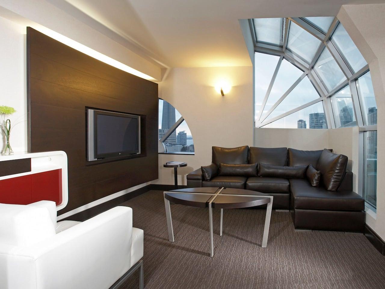 Hyatt Regency Toronto Guestroom