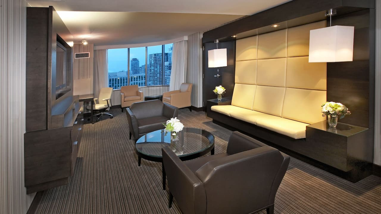 Hyatt Regency Toronto Suite with City View