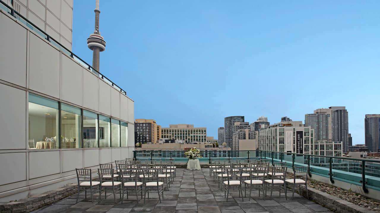 Hyatt Regency Toronto Outdoor Wedding Terrace
