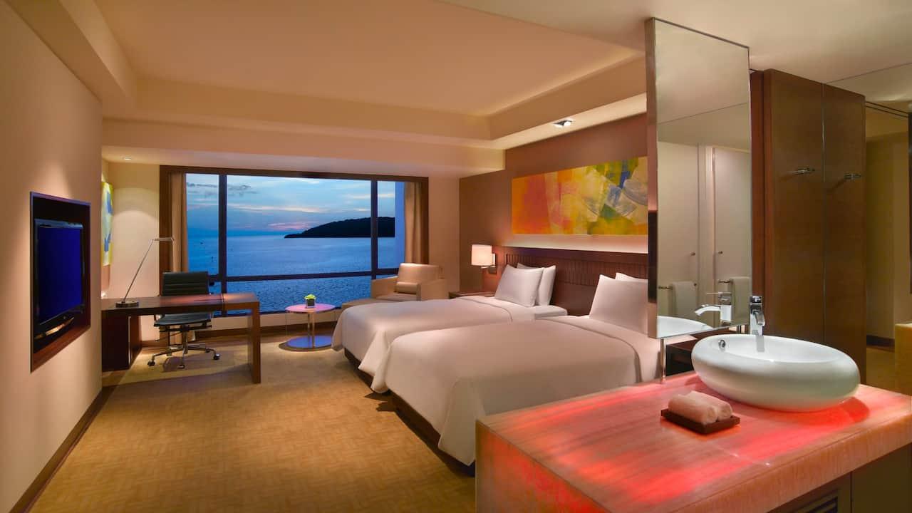 2 Twin Beds with Sea View Room Hyatt Regency Kinabalu, Sabah Malaysia