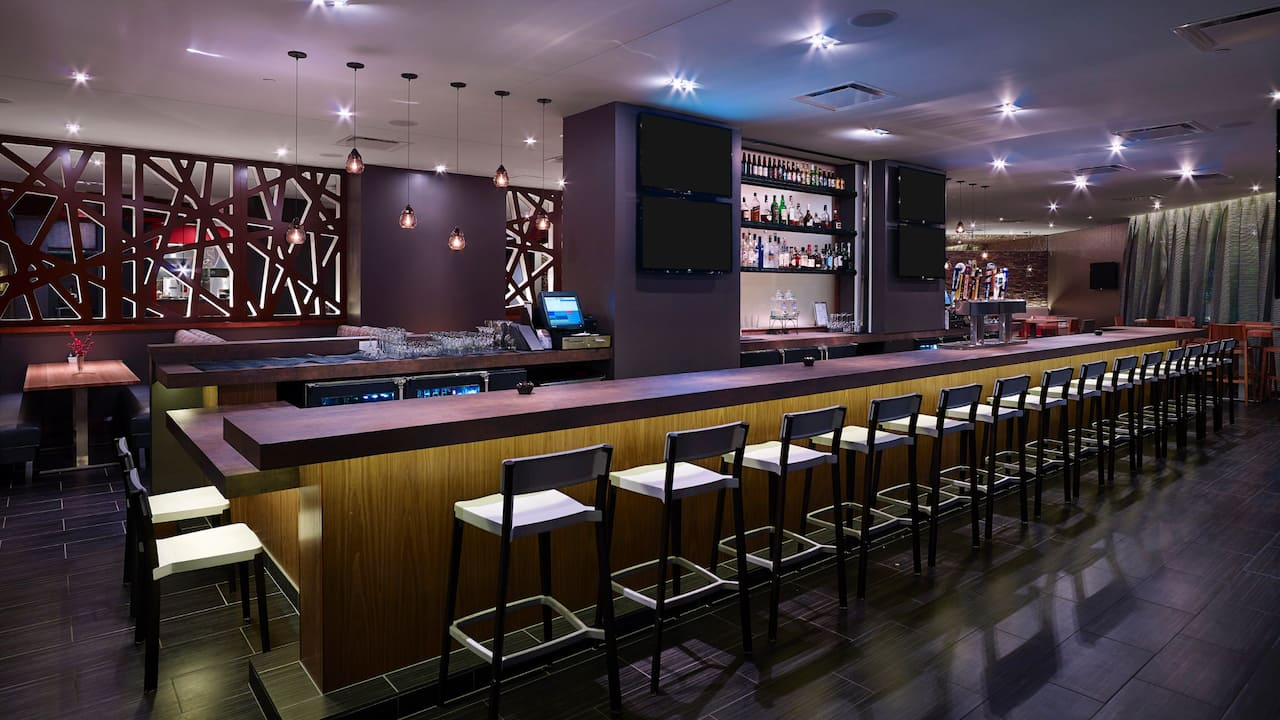 Hyatt Regency Cincinnati Bar in Downtown Cincinnati