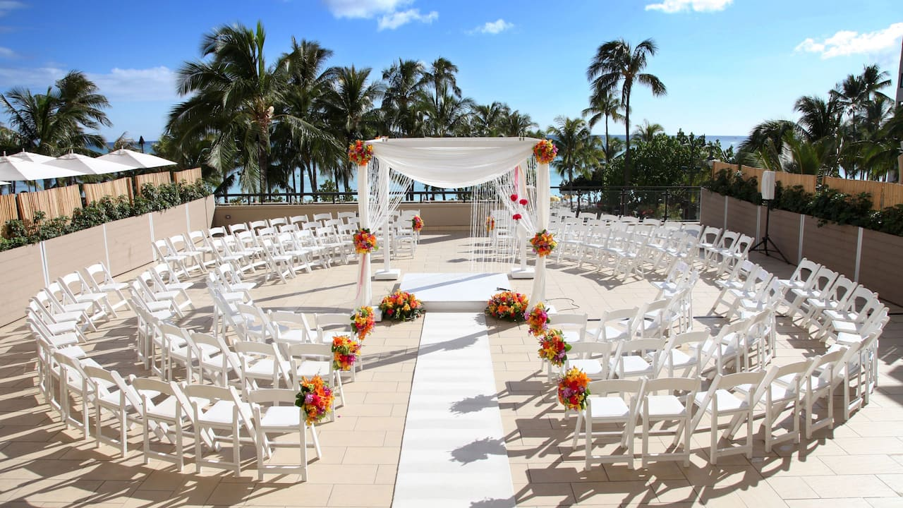 Na Lea Terrace weddings ceremony setup