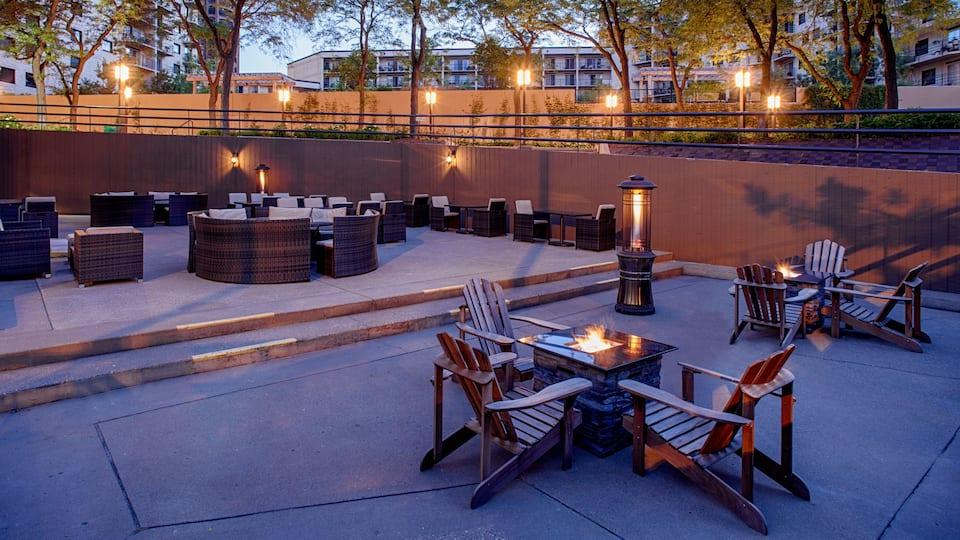 Prairie Kitchen & Bar Hyatt Regency Minneapolis