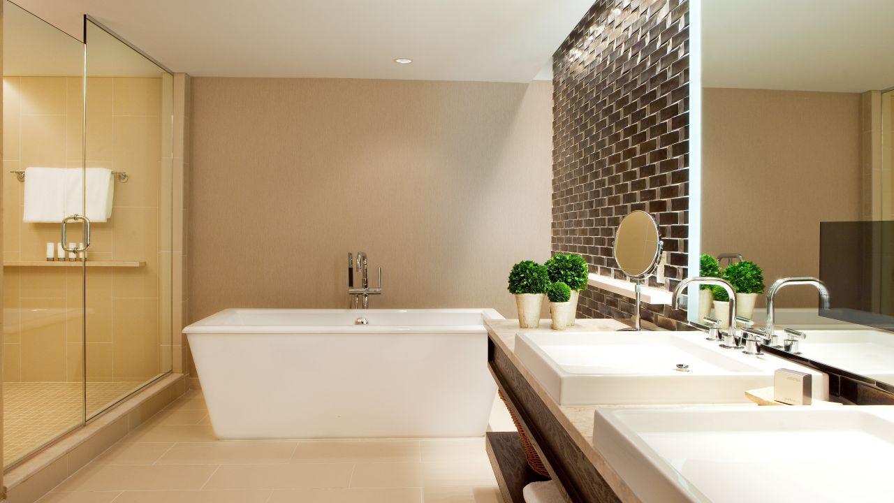 Regency Double Room Bathroom