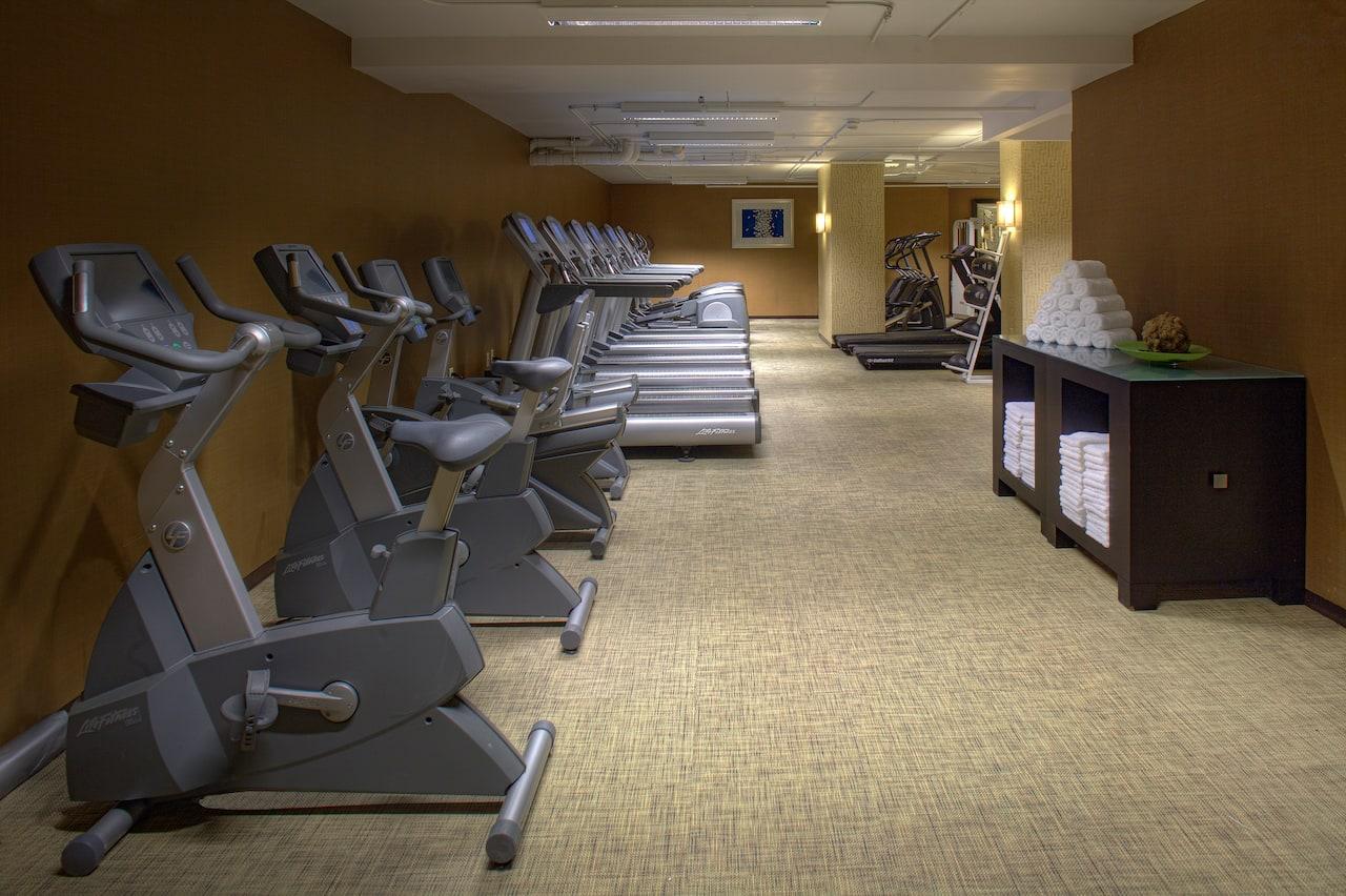 24/7 gym at Hyatt Regency Reston