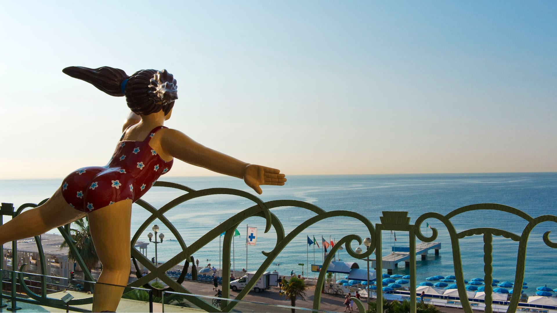 Terrasse vue sur mer àl'HôtelHyattRegencyNicePalaisDe LaMéditerranée