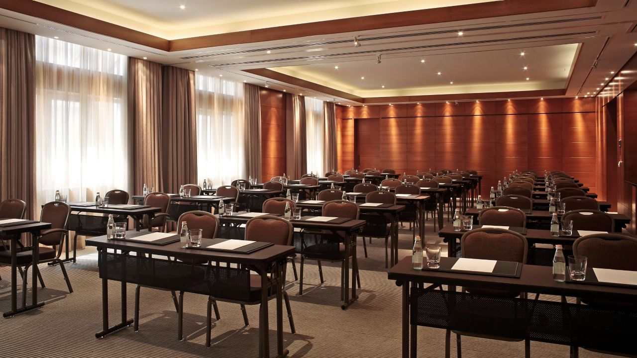 Meeting Room Paris I and II